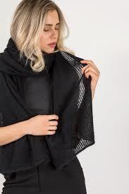5 4 - انواع مدل شال و روسری جدید برای افراد مختلف  مدل شال زنانه مجلسی  شال مشکی  فروشگاه آرام دل